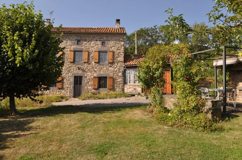 Location de vacances - Gîte à Saint-Flour - facade sud