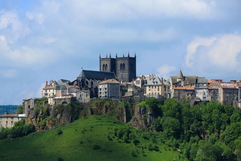 Location de vacances - Gîte à Saint-Flour - Sainr-Flour - ville haute