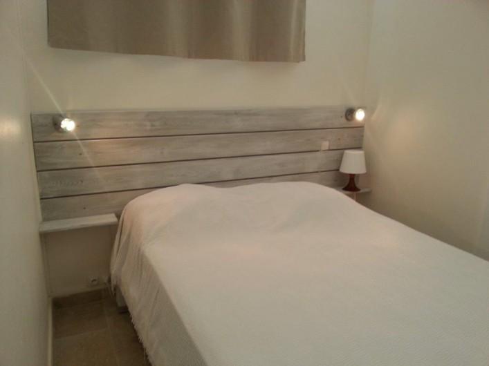 Location de vacances - Villa à Saint-François - Chambre avec lit 140 x 190 climatisée, salle de bain et Wc