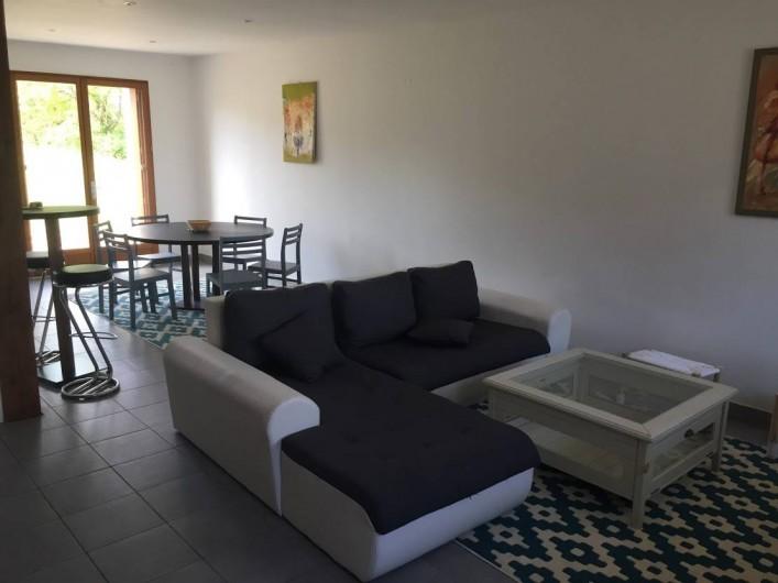Location de vacances - Maison - Villa à Souvigny-de-Touraine - Salon avec vue sur salle à manger