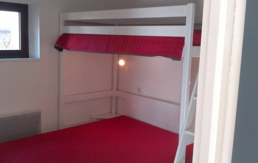 Location de vacances - Gîte à Sallertaine - chambre 1 lit double 1 lit simple