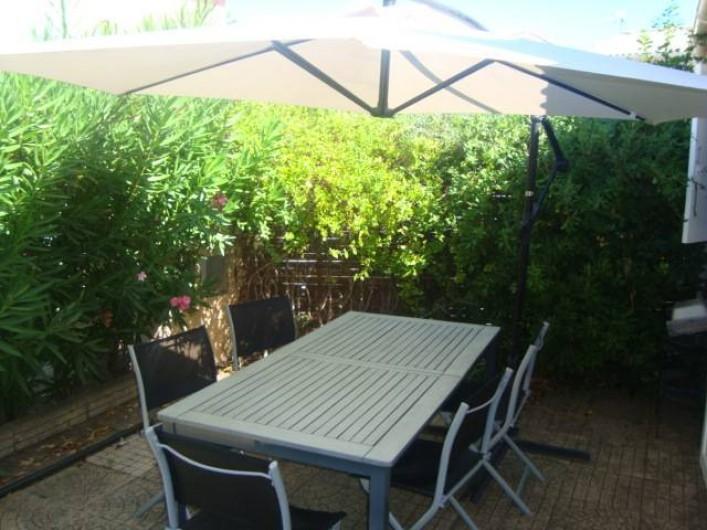 Location de vacances - Appartement à Marseillan - Terrasse