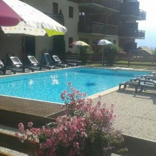 Location de vacances - Appartement à Puy-Saint-Vincent - La piscine l'été
