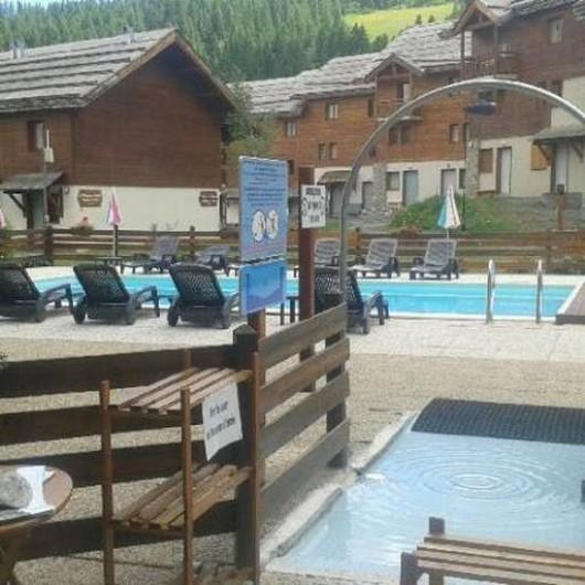 Location de vacances - Appartement à Puy-Saint-Vincent - Piscine 2