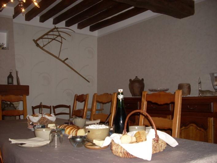 Location de vacances - Chambre d'hôtes à Thury - petit déjeuner
