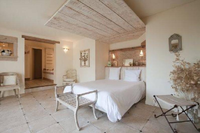 Location de vacances - Chambre d'hôtes à Beaune - Chambre d'hôte Les Orchidées à la Terre d'Or, très romantique.