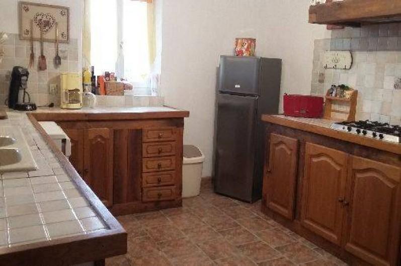 Location de vacances - Gîte à Autun - cuisine rez de chaussé