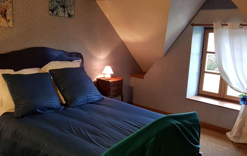 Location de vacances - Gîte à Bourguenolles - Chambre bleue