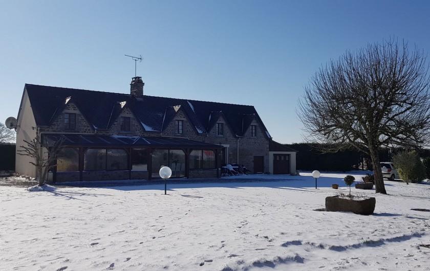 Location de vacances - Gîte à Bourguenolles - Villa sous la neige