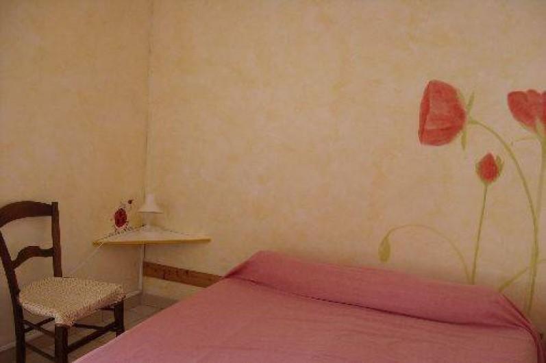 Location de vacances - Gîte à Bize-Minervois - chambre lit double
