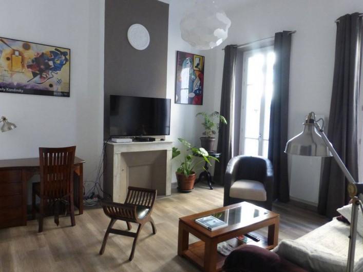 Location de vacances - Appartement à Hyères - Salon