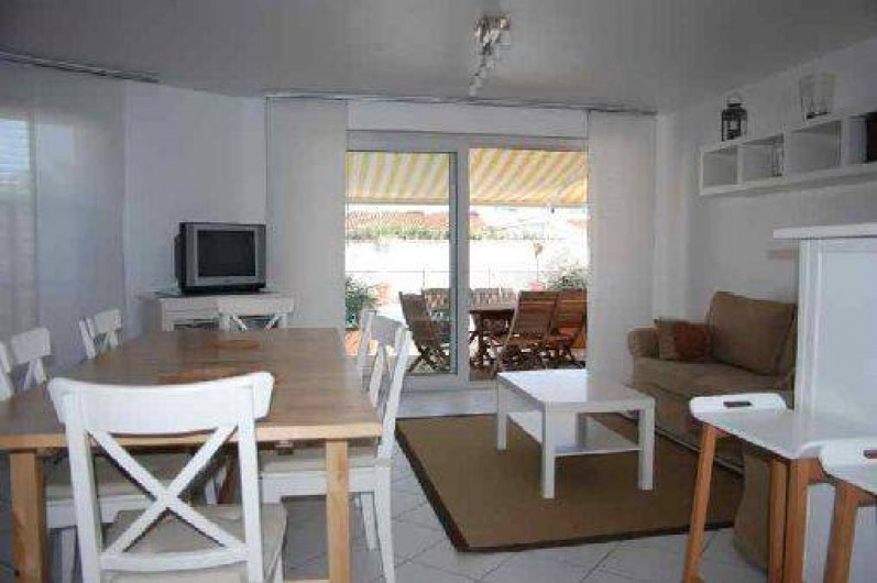 Location de vacances - Maison - Villa à Saint-Clément-des-Baleines - Salon Salle à Manger location piscine chauffée de 3 chambres