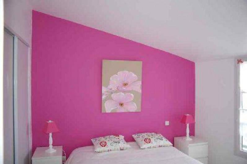 Location de vacances - Maison - Villa à Saint-Clément-des-Baleines - chambre dans location avec piscine chauffée 3 ch 6/8personnes