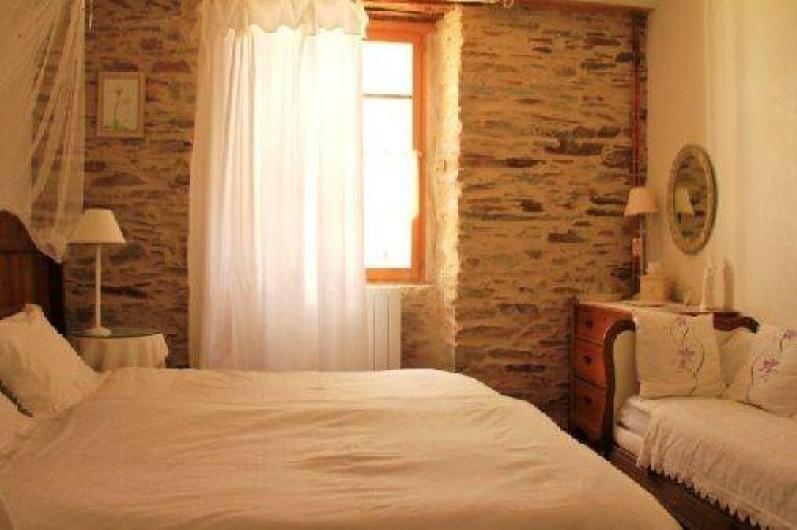 Location de vacances - Chambre d'hôtes à Cuxac-Cabardès - La Chambre Orchidee.