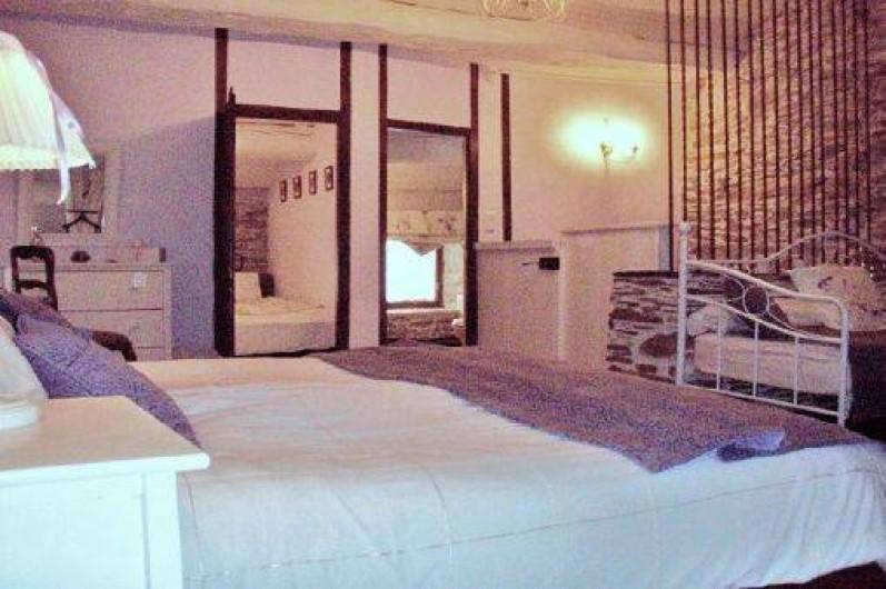 Location de vacances - Chambre d'hôtes à Cuxac-Cabardès - La Suite Fleur de Lys