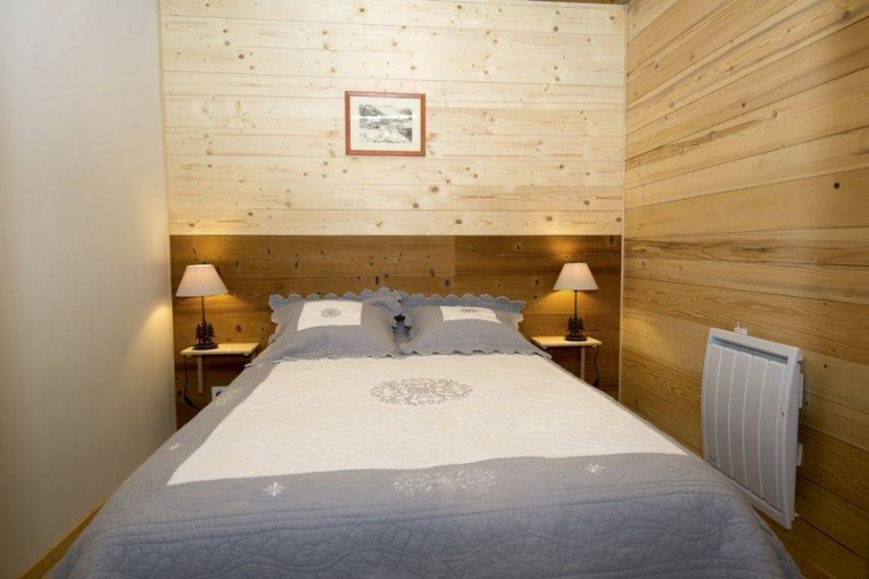 Location de vacances - Gîte à Saint-Pierre-de-Chartreuse - Chambre 2 au 1er étage (lit 2 personnes)