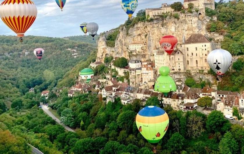 Location de vacances - Gîte à Turenne - vol en montgolfière à Rocamadour