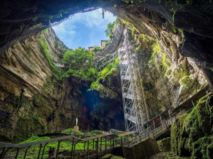 Location de vacances - Gîte à Turenne - les grottes de Rocamadour