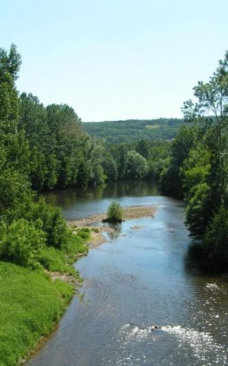 Location de vacances - Gîte à Turenne - la vallée de la Vézére
