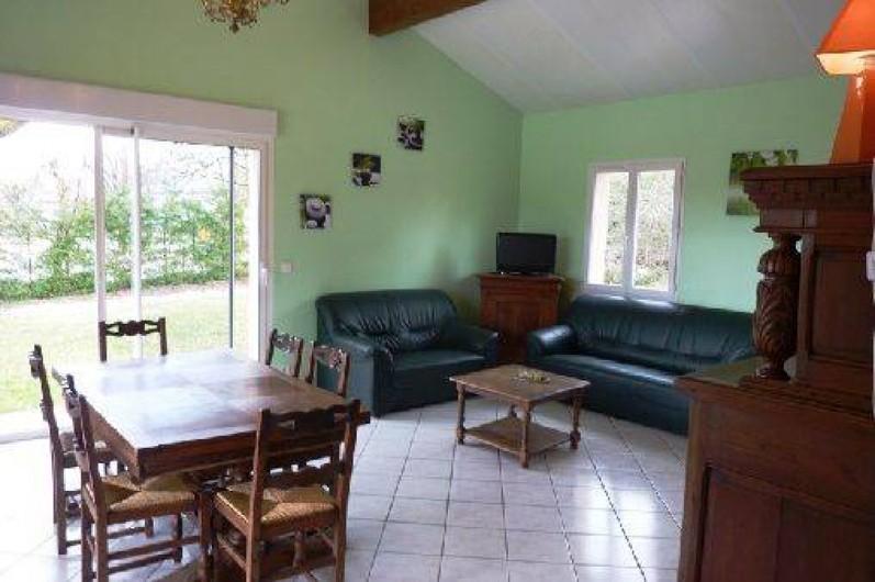 Location de vacances - Villa à Loubressac - salon