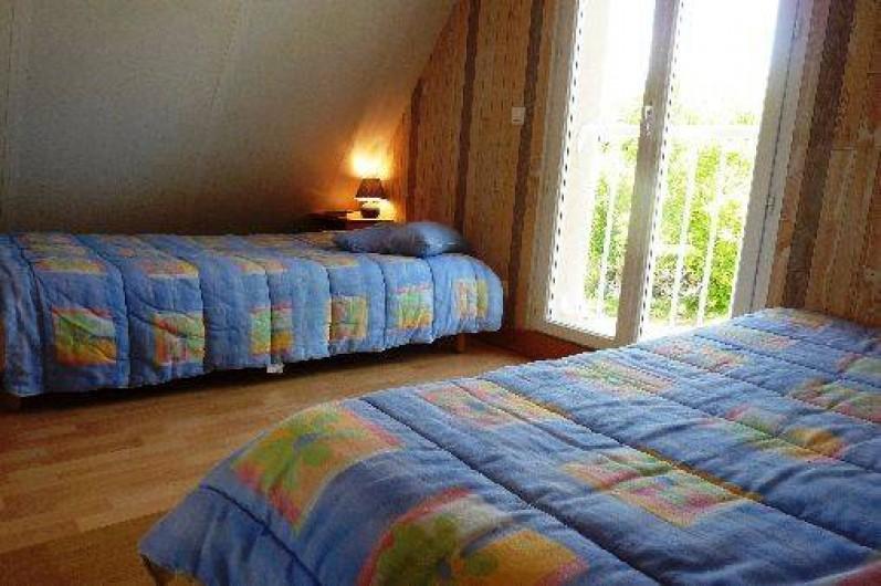 Location de vacances - Villa à Loubressac - chambre3 : étage  2 lits 9