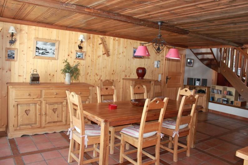 Location de vacances - Chalet à La Comballaz - salle a manger