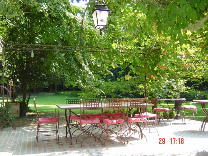 Location de vacances - Chambre d'hôtes à Lamotte-du-Rhône - LA PERGOLA