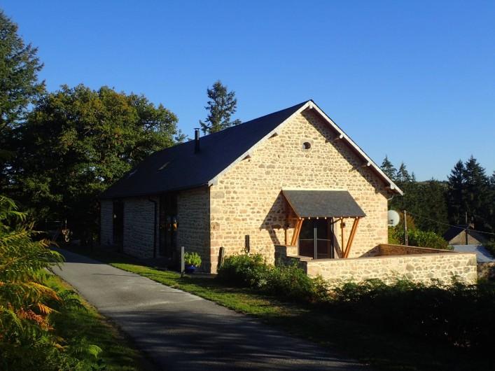 Location de vacances - Gîte à Saint-Hilaire-les-Courbes - La Grange .....