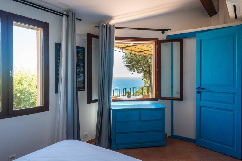Location de vacances - Maison - Villa à Porto-Vecchio - Mini-villa (1 à 4 pers) Chambre avec lit double de 160 x 200 cm