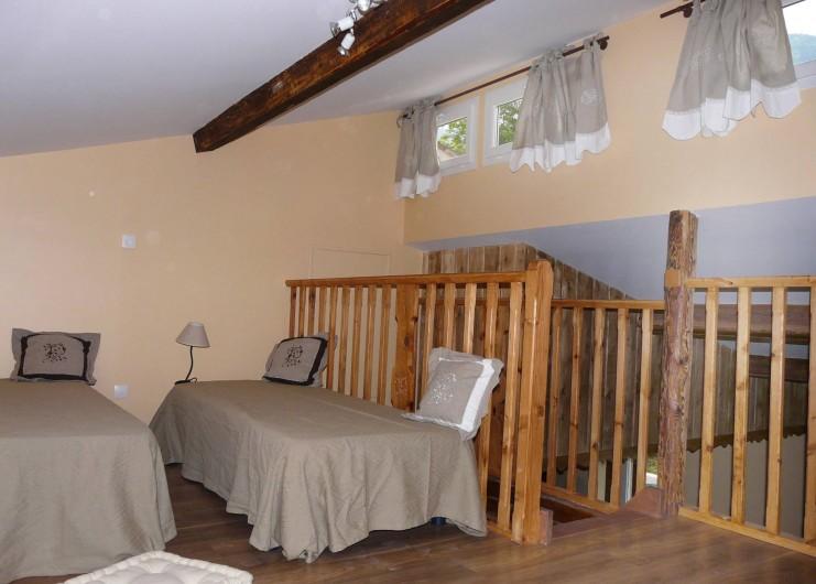 Location de vacances - Appartement à Entrevaux - chambre mezzanine