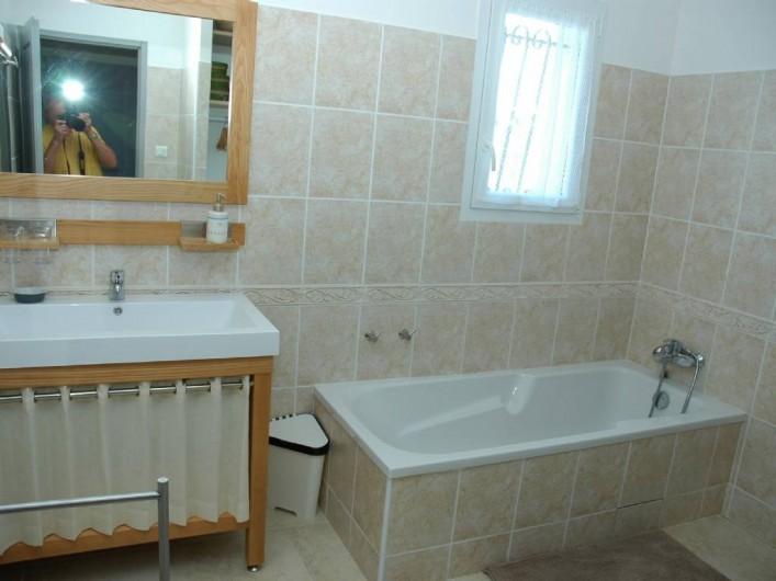 Location de vacances - Villa à Arles - Salle de bain