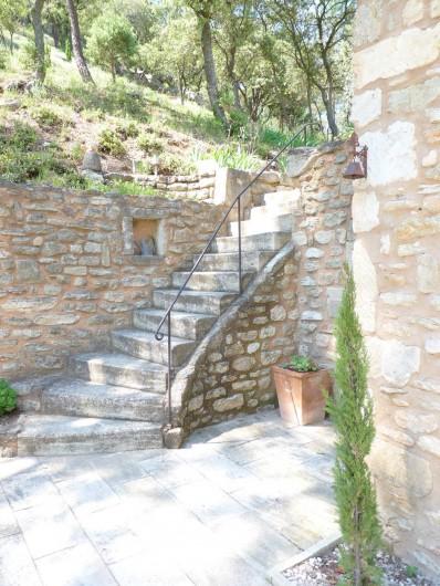 Location de vacances - Mas à Saint-Restitut - L'un des accès à la maison
