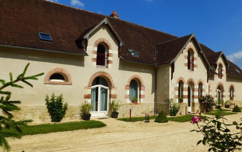 Location de vacances - Gîte à Saint-Jean-Saint-Germain - Entrée du Gite du Domaine de la maison Neuve