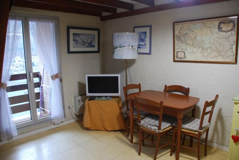 Location de vacances - Appartement à Cauterets - Salon