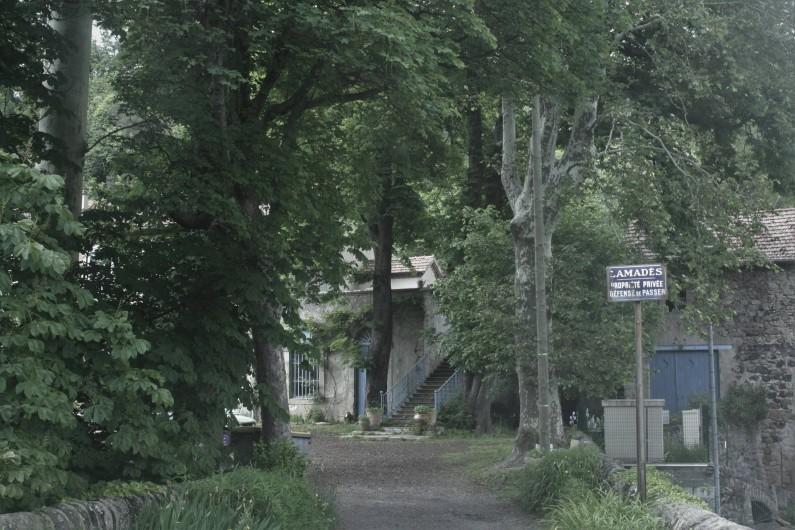 Location de vacances - Château - Manoir à Burzet - Parc de Lamades
