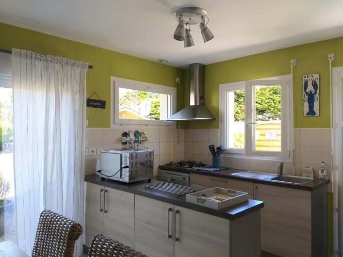 Location de vacances - Villa à Cléder - cuisine