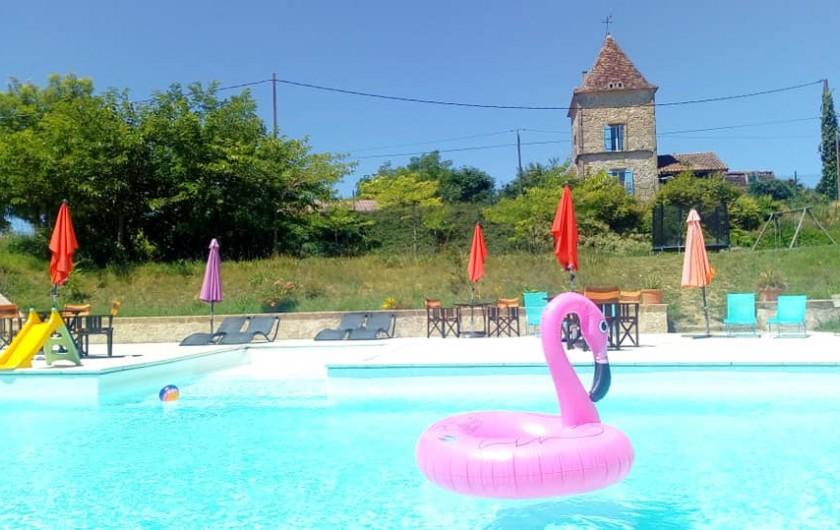 Location de vacances - Gîte à Brugnac - Espace piscine clôturé.