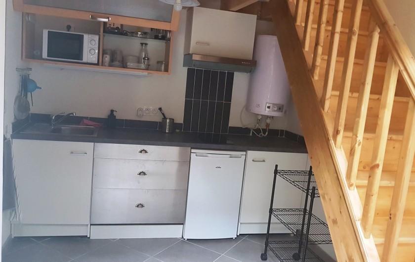 Location de vacances - Appartement à Charleval - vaste coin cuisine