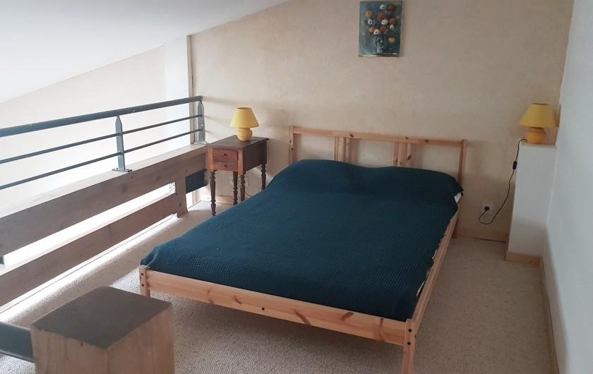 Location de vacances - Appartement à Charleval - chambre en mezzanine