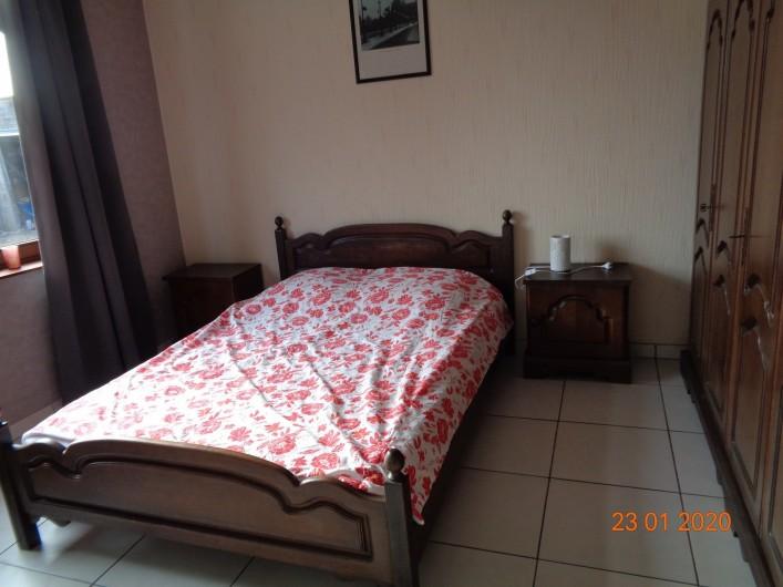 Location de vacances - Gîte à Houthem - chambre 1 au rez de chaussée