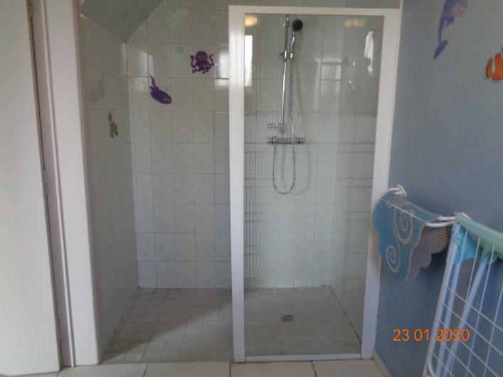 Location de vacances - Gîte à Houthem - douche italienne