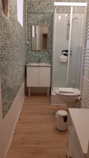 Location de vacances - Gîte à Brioude - Salle d'eau de la chambre Air