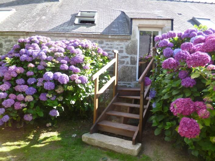Location de vacances - Gîte à Bieuzy - accès au jardin