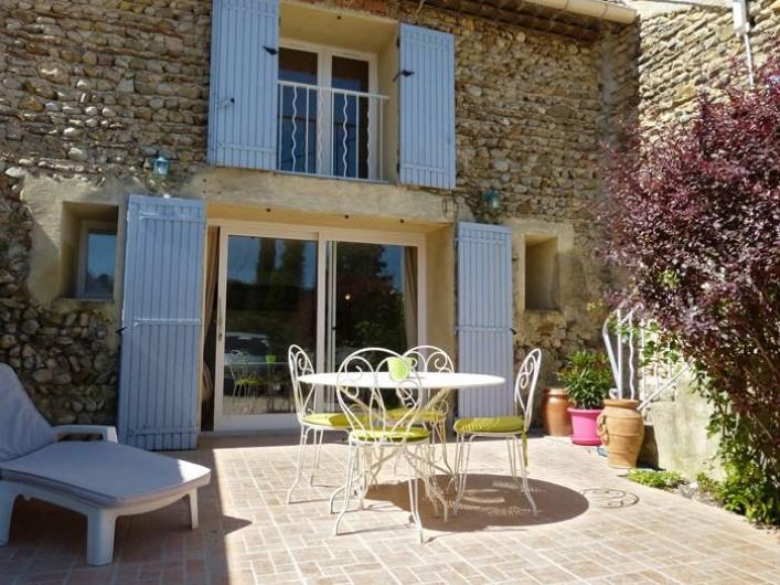 Location de vacances - Gîte à Cairanne - Gîte Le Figuier, terrasse