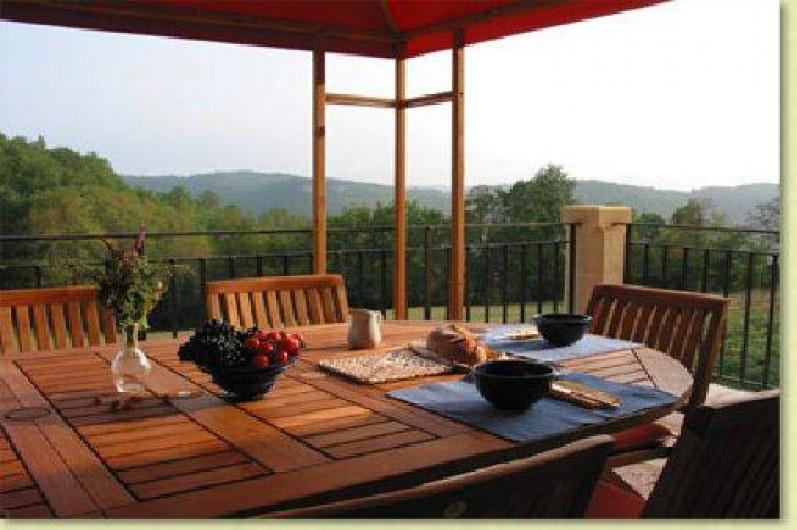 Location de vacances - Gîte à Saint-Cybranet - terrasse nord