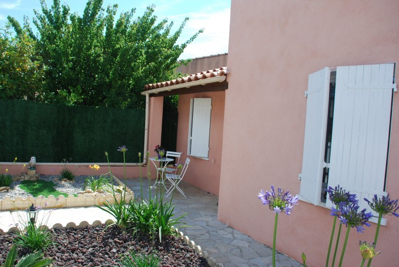 Location de vacances - Villa à La Londe-les-Maures - Entrée principale