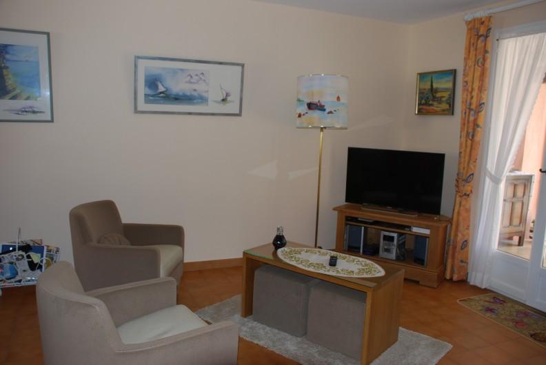 Location de vacances - Villa à La Londe-les-Maures - Salon