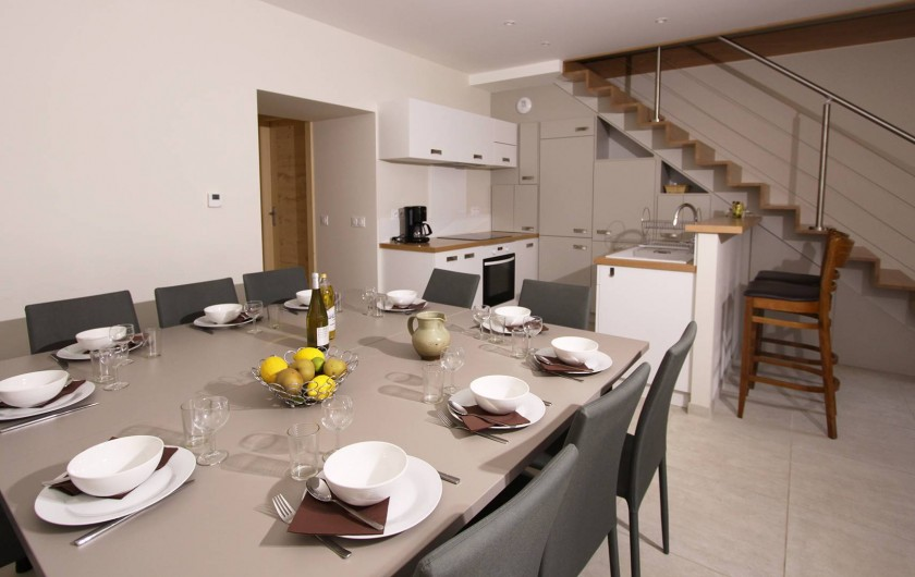 Location de vacances - Gîte à Faverges - Coin repas zt cuisine