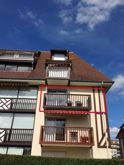 Location de vacances - Appartement à Villers-sur-Mer - Le balcon vue d'en bas