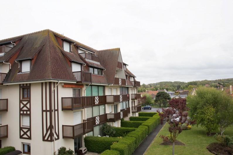 Location de vacances - Appartement à Villers-sur-Mer - Vue de la chambre